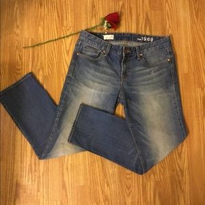 Gap 1969 Real Straight Medium Washed Jeans 29S